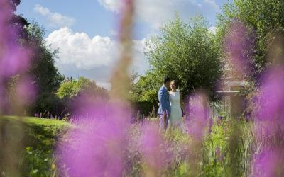 Trouwen in Delft; mooi stadhuis en romantische tuin