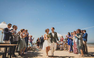 Sun, sand, sea en a short dress